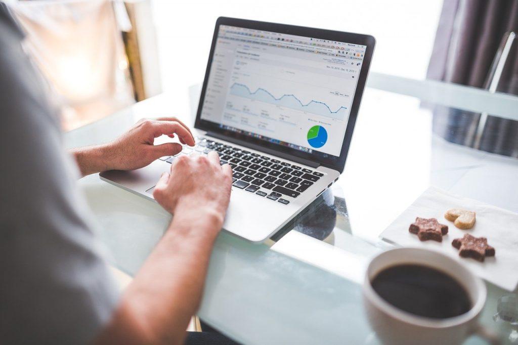 analytiikka, graafit, google analytics